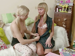 stepsister display her Step-sister how to Boink with Strap-On