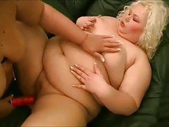 2 Fat BBW Lesbians playing with vibrators and wet pussy-4