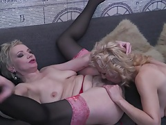 Mom granny daughter perfect lesbian threesome