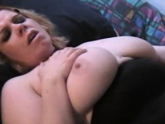2 Sexy BBWS Eat and Lick on Fat Pussy