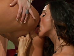 Ariella Ferrera Munches Young Carpet